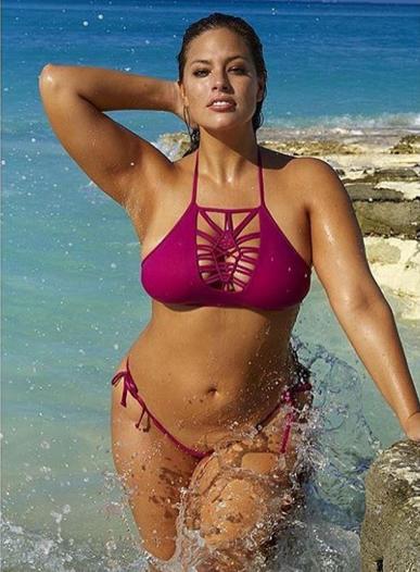 cb62c328790 Ashley Graham, modelo plus size, recebe críticas por compartilhar treino no  Instagram