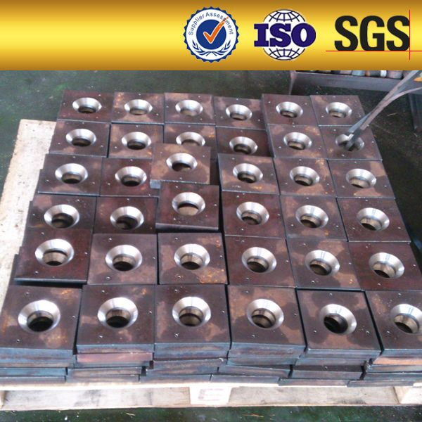 Base plate--used with screw thread bar for post tension