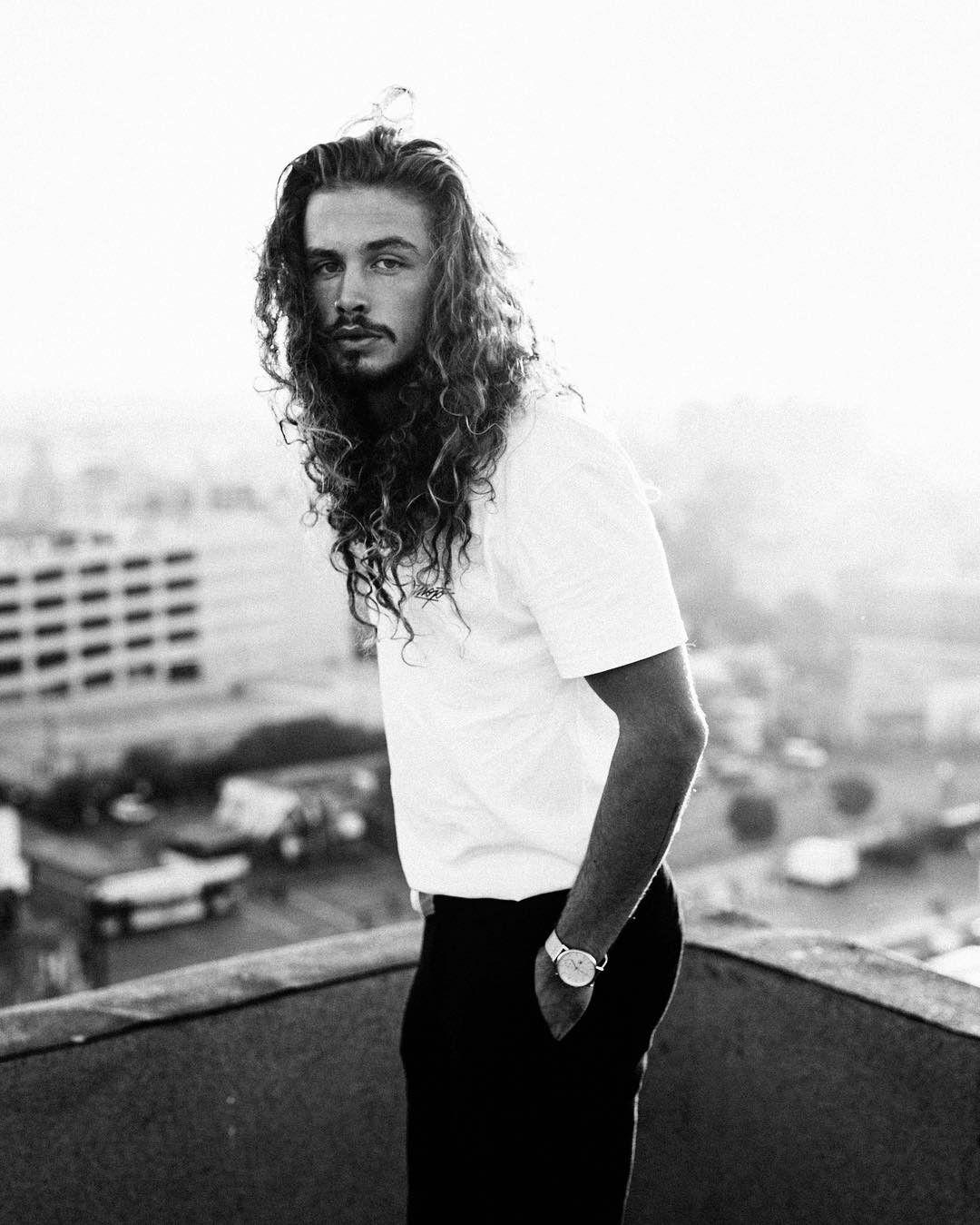 Long curly hair for men long hair inspiration long natural hair - Giaro Giarratana Long Curly Hair For Men Inspiration Long Curly Hair Natural
