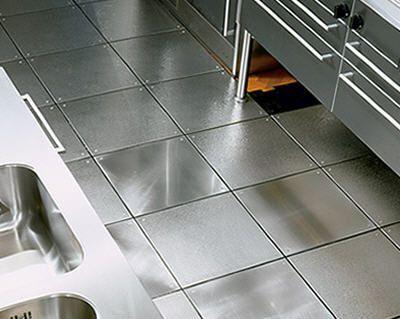 Snap Metal Floor Tile Sistemamen Acciaio Liscio E Goffrato Planium