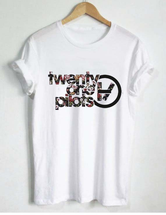 5b6a44be541 floral twenty one pilots logo T Shirt Size S