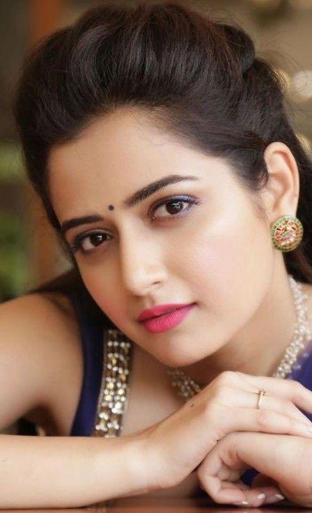Pin By Bindaas Baboo On Close Up Beautiful Women Naturally Beautiful Girl Face Beautiful Girl Indian