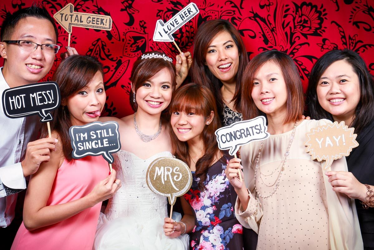 wedding reception photo booth singapore%0A Photo booth for the beautifully youngatheart in Singapore
