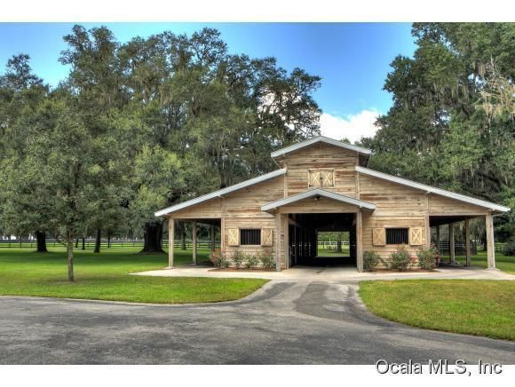 114 58 Acre Ocala Florida Horse Farm For Sale Ohp1370 Ocala Horse Properties Horse Barn Plans Barn Renovation Building A Pole Barn