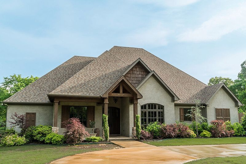 Craftsman Style House Plan 4 Beds 2 50 Baths 2470 Sq Ft Plan 17 3391 Exterior In 2020 Craftsman House Farmhouse Style House Plans Craftsman House Plans