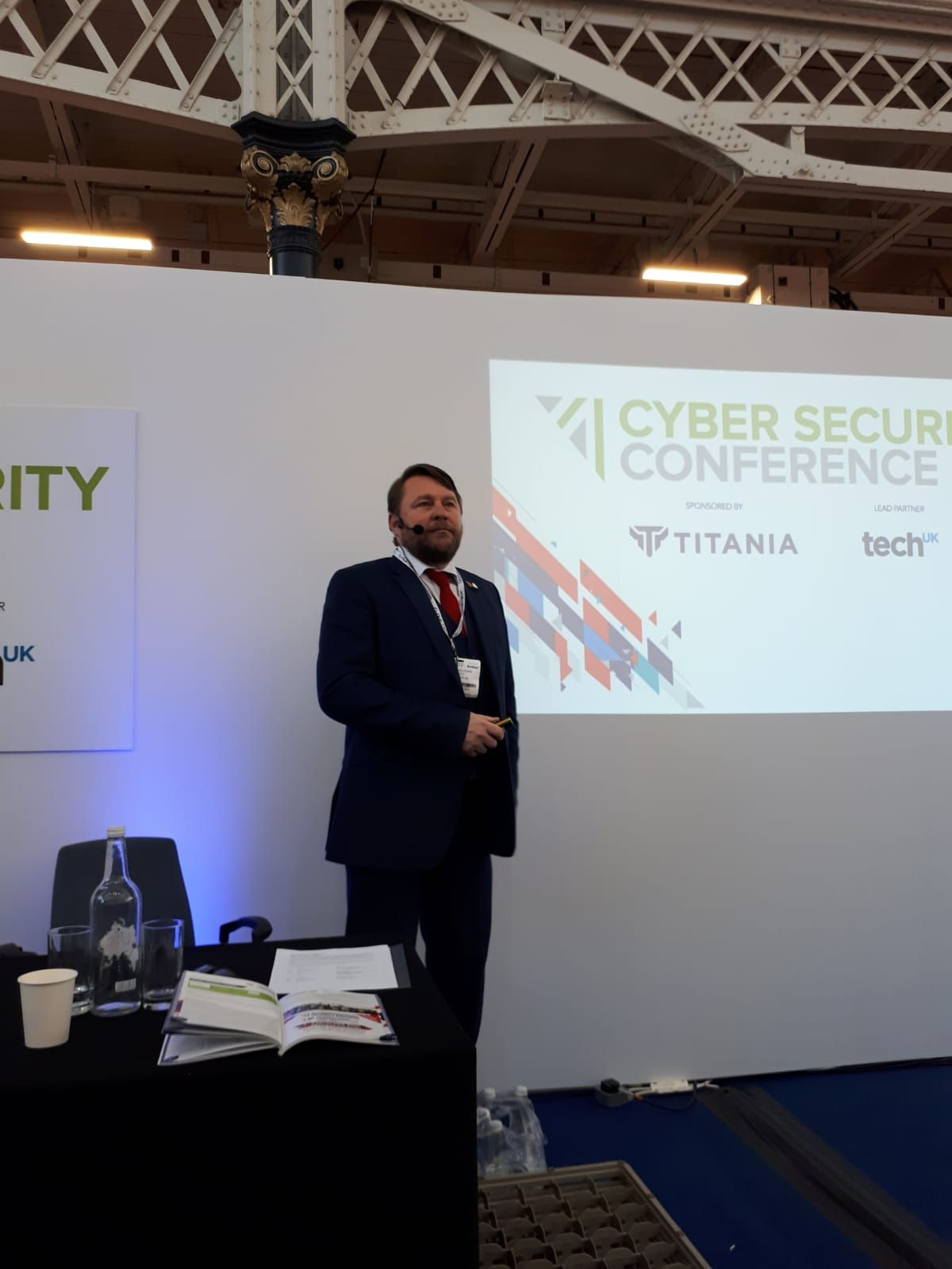 Mike Gillespie at International Security Expo 2019