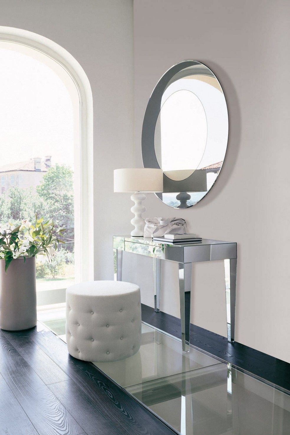Beautiful Makeup Vanity Ideas U0026 Inspiration   Politics Of Pretty.I Love This Table.