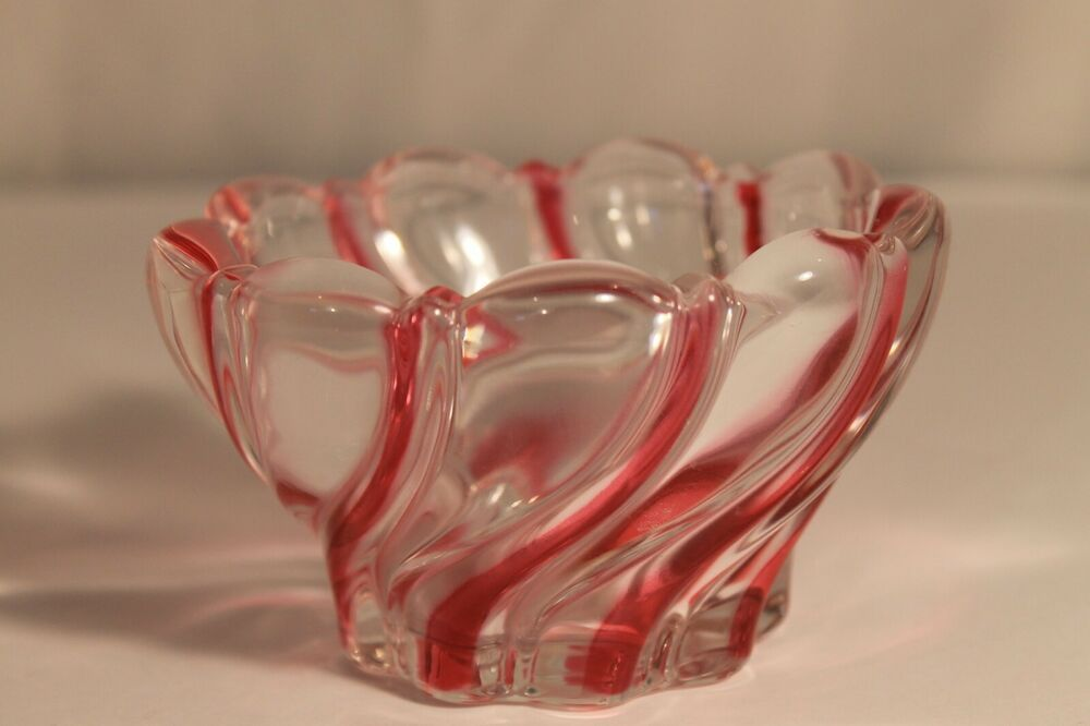 Mikasa Holiday Classics Votive Red Striped Glass Candle Holder Christmas Crystal Ebay Small Valentines Gifts Glass Candle Holders Small Candles