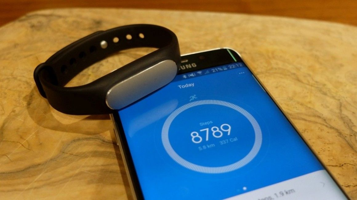 How to use your fitness tracker or smartwatch to