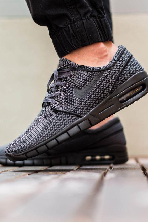 reputable site f1c58 153a9 Zapatillas de hombre Nike Stefan Janoski Max Encuentra más modelos de  zapatillas en www.moda-hipster.com
