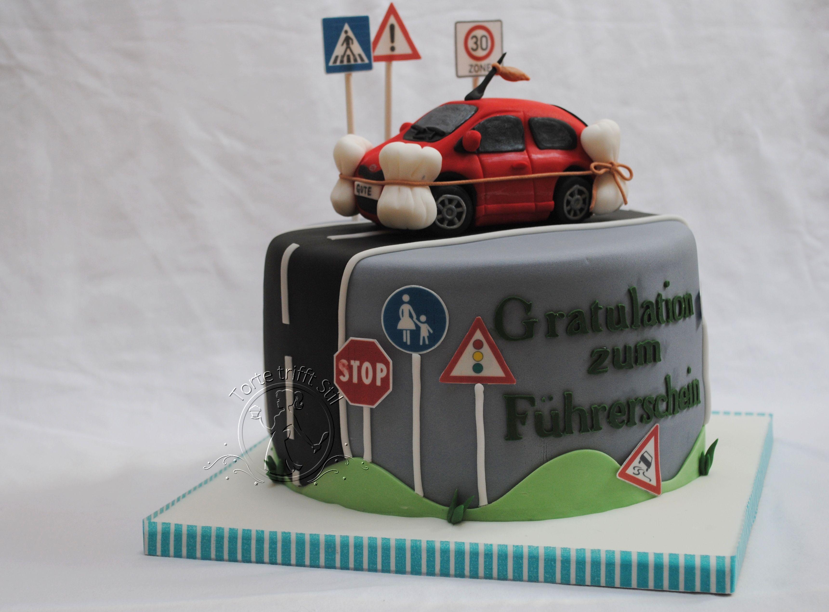 Zum Fuhrerschein Torte Trifft Stil Cars Kuchen Motivtorte Geburtstag Geburtstagstorte