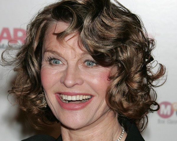 julie christie 30 Awe Inspiring Hairstyles For Women Over 60 ...