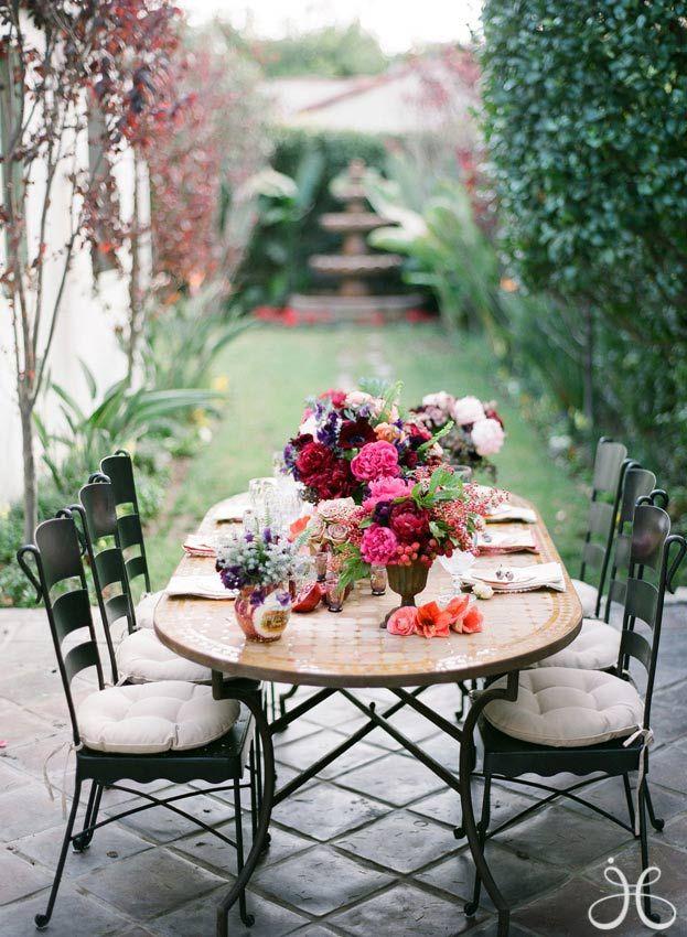 Beautiful back patio by ZsaZsa Bellagio – House Beautiful | ufak ...