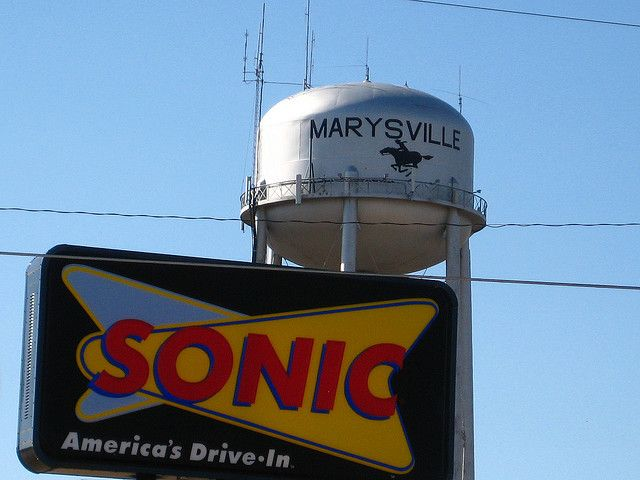 sonic sign water tower marysville kansas marysville water tower kansas water tower marysville kansas