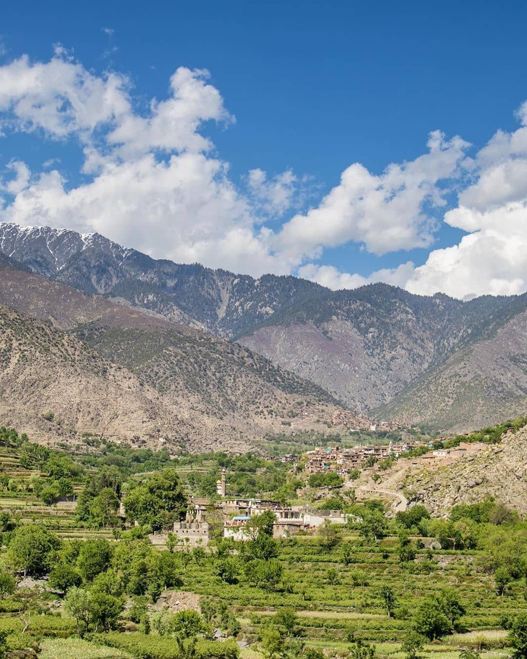 ᴀғɢʜᴀɴɪsᴛᴀɴ Auf Instagram ولایت زیبای ننگرهار Beautifulafghanistan افغانستان زیبا Afghanistan Everydayafghanista In 2020 Afghanistan Natural Landmarks Instagram