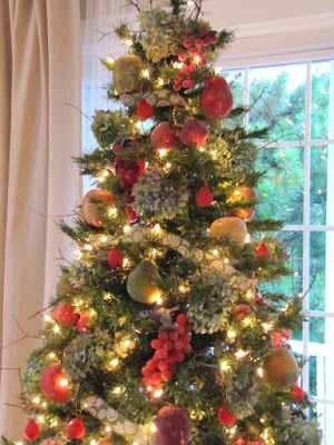 Christmas Tree Fruit Ornaments.Sugared Fruit Hydrangea Christmas Tree Merry And Bright
