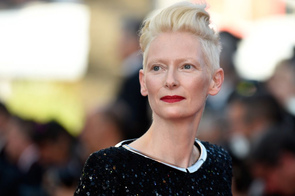 ❤ Tilda Swinton attends the 70th Anniversary of the 70th annual Cannes Film Festival at Palais des Festivals on May 23, 2017 in Cannes, France. - 70th Anniversary Red Carpet Arrivals - The 70th Annual Cannes Film Festival