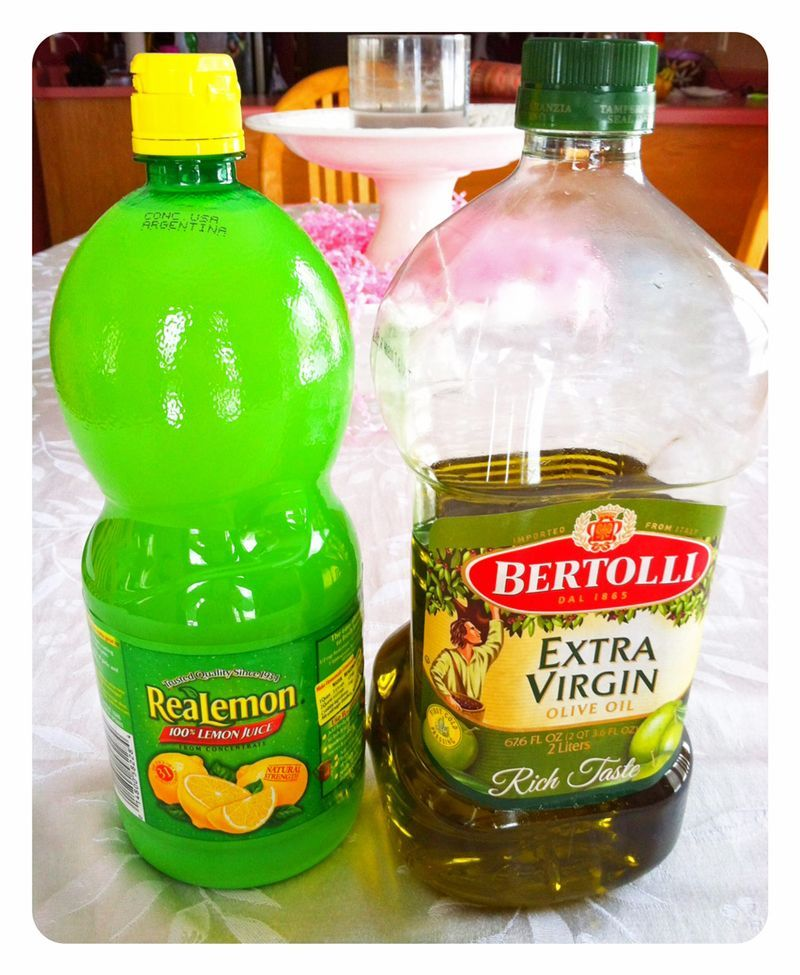 Make your own furniture polish 1 4 cup vinegar 2 tsp for Homemade furniture polish olive oil vinegar