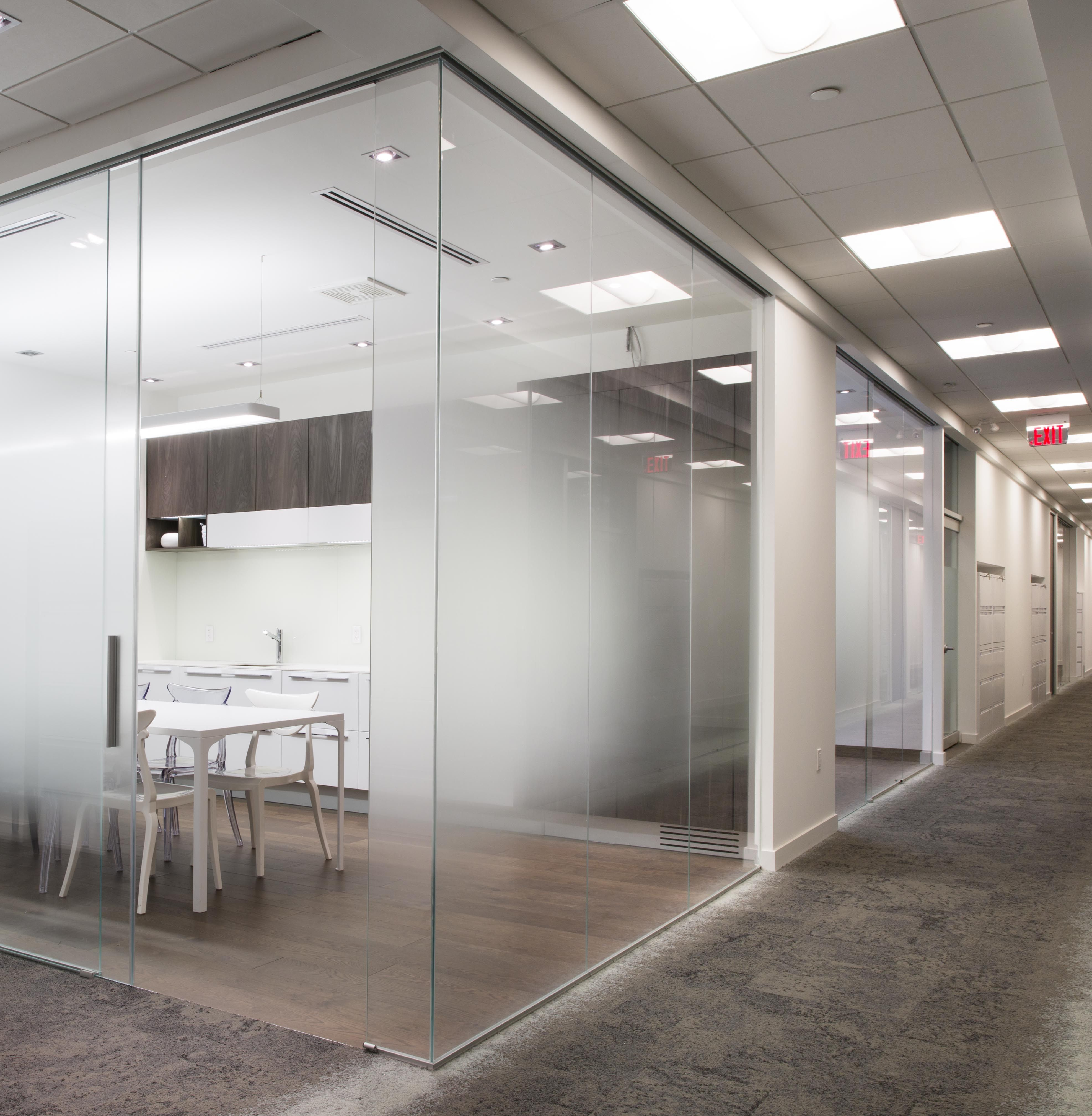 Glass cube office toronto rollglass glass office for Office design with glass