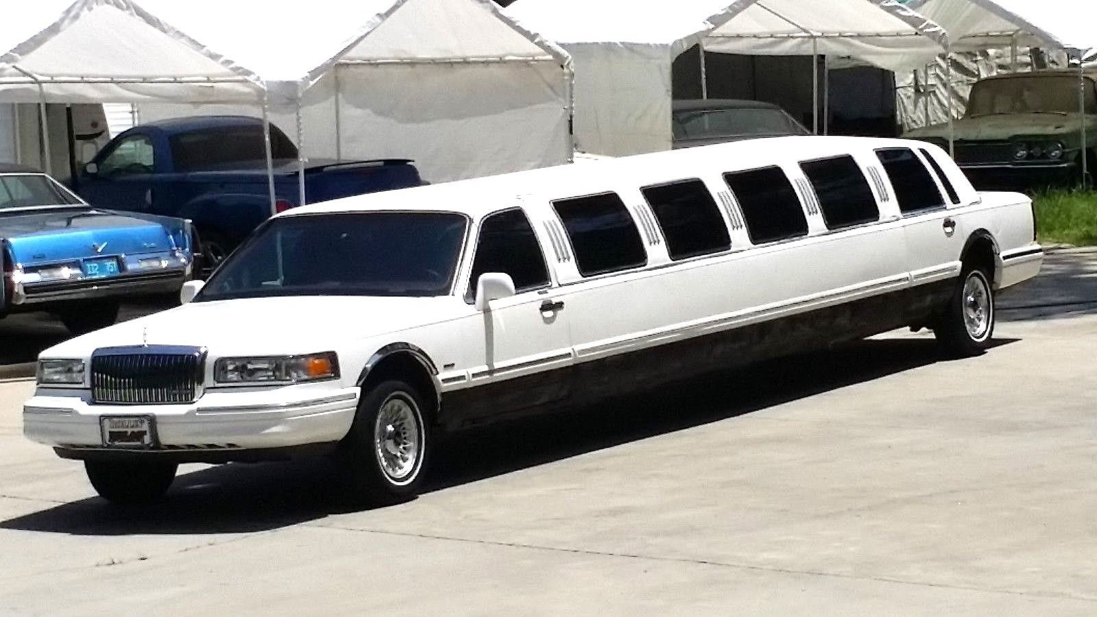 Mechanically Great 1995 Lincoln Town Car Limousine Limousines For