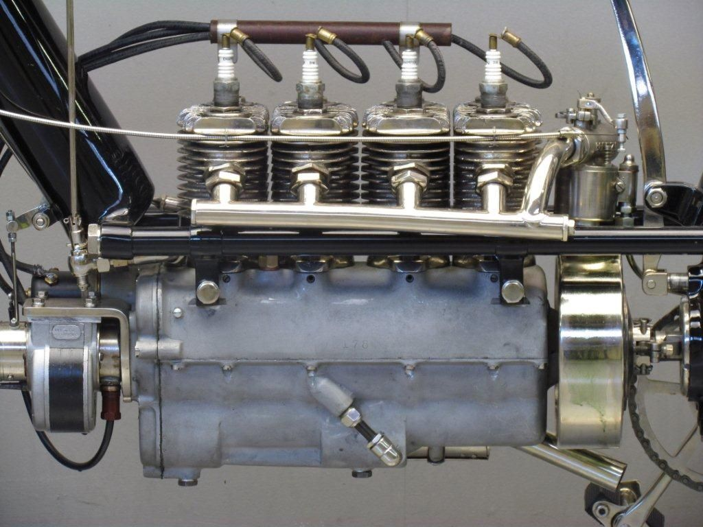 1912 Pierce Motorcycle 4 Cylinder T Head Motor Antique Motorcycles Classic Bikes Motorcycle Engine