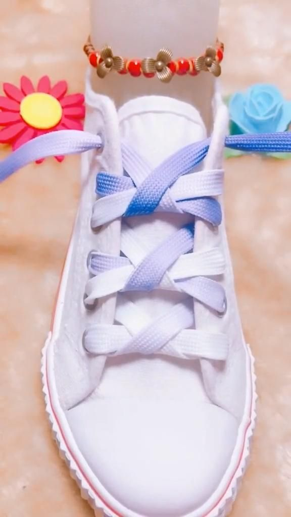 How Do You Tie Your Shoe Laces