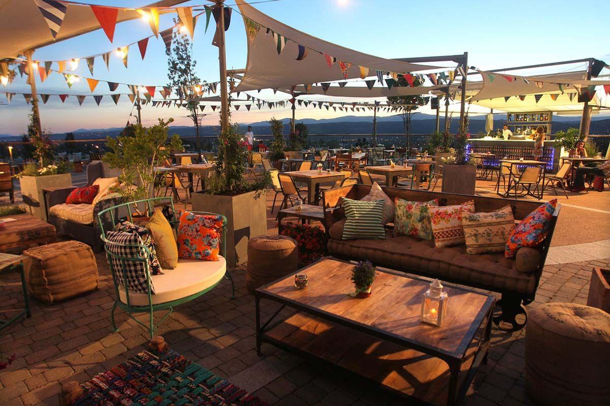 doos terrazas de bares con encanto terrazas cachiv gabinoteca pinterest bar and house