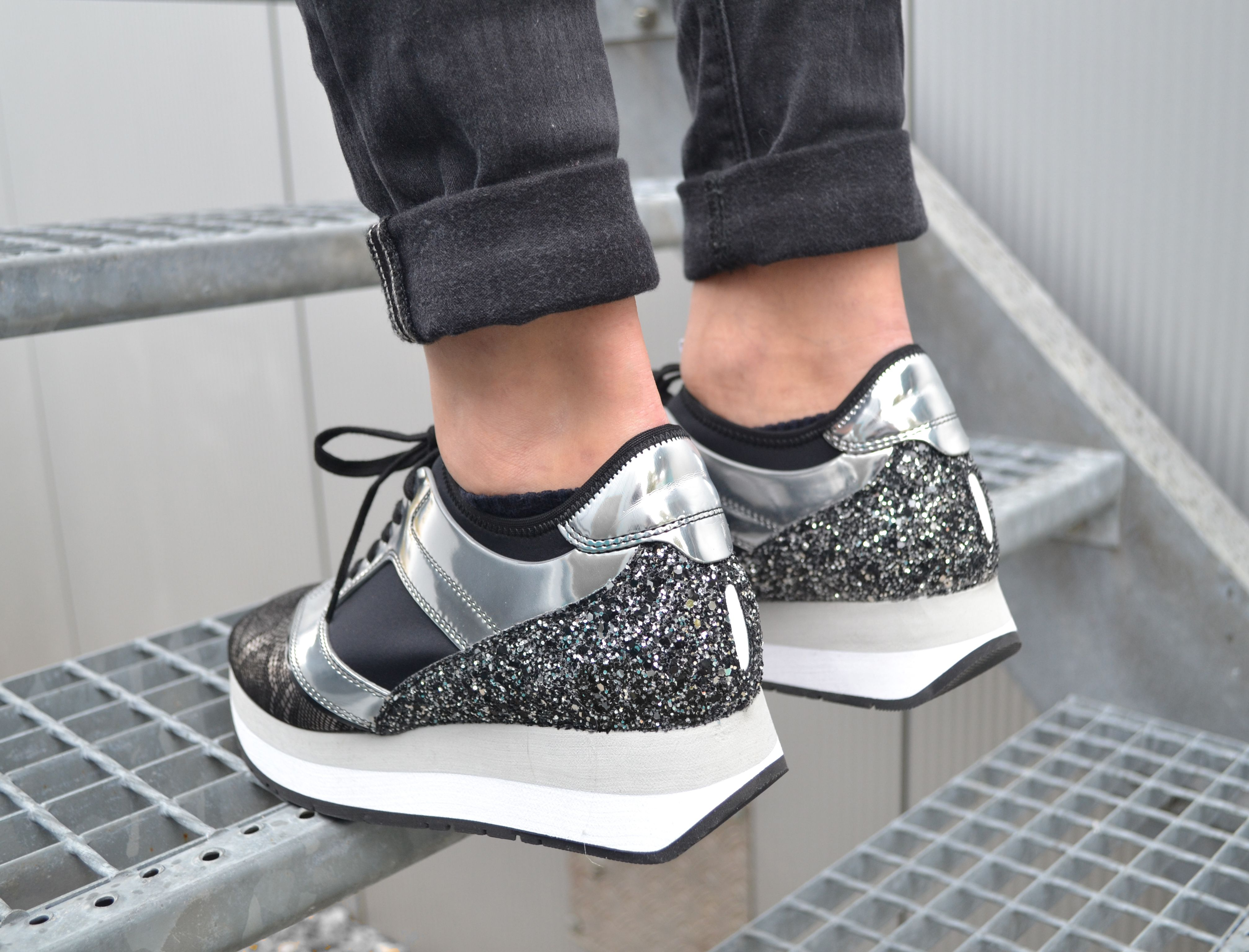bikkembergs sneaker mit plateau schwarz silber sneaker sneakerlove we sneaker pinterest. Black Bedroom Furniture Sets. Home Design Ideas