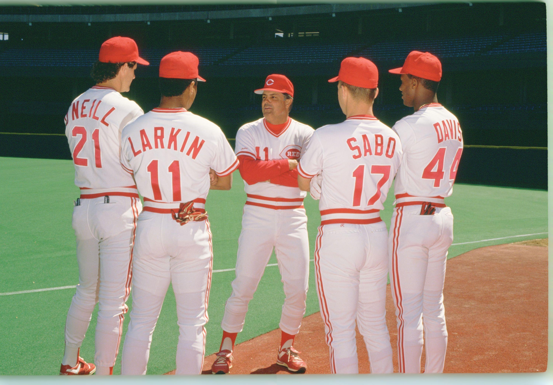Fanartikel Baseball & Softball Mlb Baseball T-shirt Cincinnati Reds Barry Larkin 11 Hall-of-fame