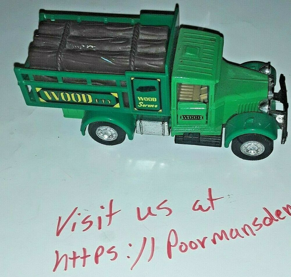 Welly 9350 Green Wood Service Vintage Truck 1:43 Diecast, Metal Ford Truck