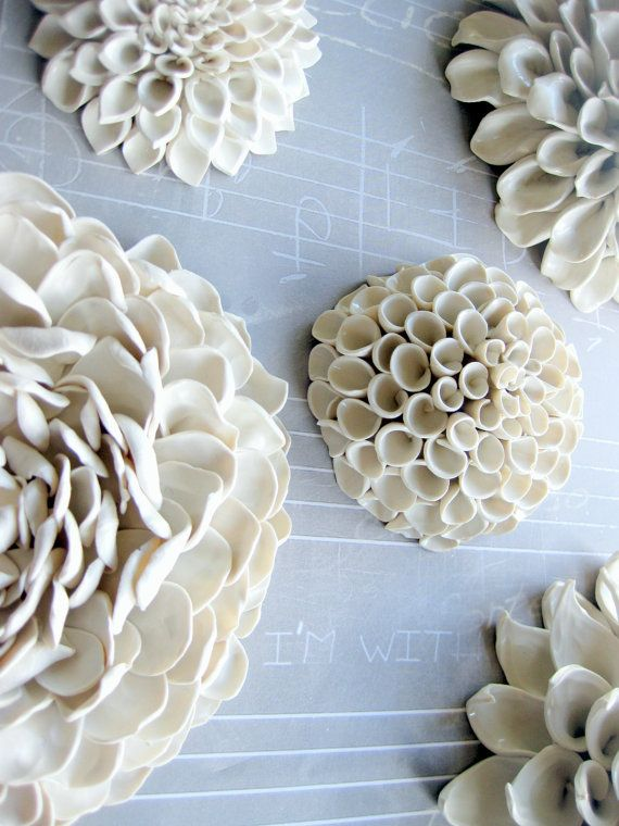 Gorgeous white ceramic dahlias how awesome would a wall of these be