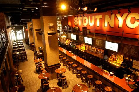 Stout 133 w 33rd st bet sixth seventh ave new york ny 212 629 6191 for Sports bars near madison square garden