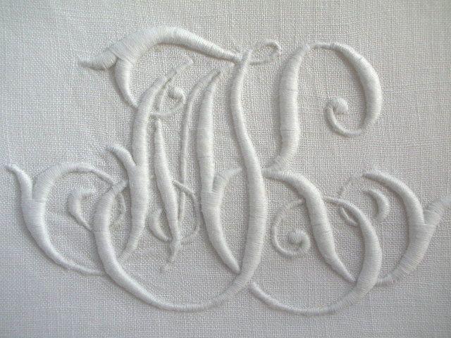 linge ancien superbe monogramme ancien mk brod main sur toile lin pour couture my monogram. Black Bedroom Furniture Sets. Home Design Ideas