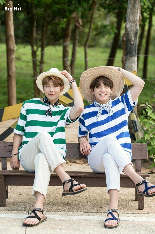foto de Brolove #BTS #Summer package 2017 # Jungkook #Rapmon #Jin