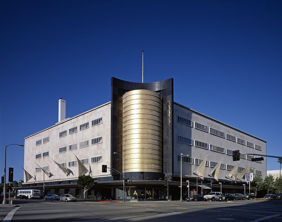 The 1940 Streamline Moderne May Company By Everett Building Renzo Piano Art Deco Buildings