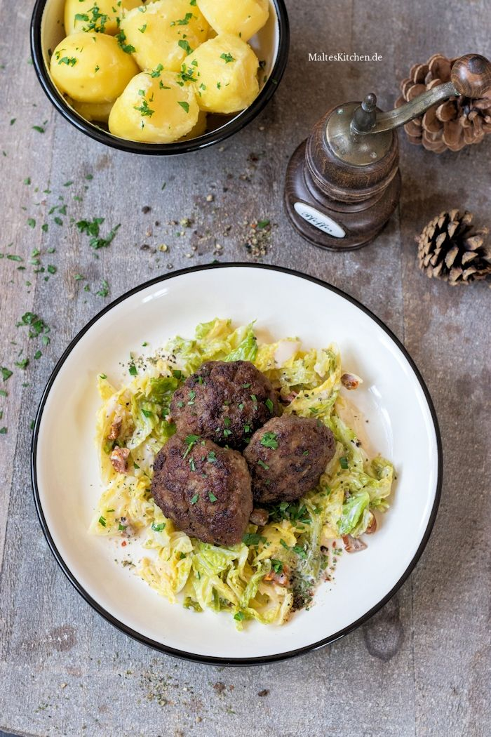 Photo of Juicy meatballs with savoy cabbage