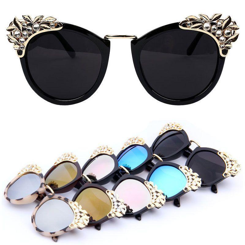 cc7d68a93d OUTEYE 2017 Marque De Luxe Femmes lunettes de Soleil Bijoux Fleur Strass  Décoration lunettes de Soleil Vintage Shades Lunettes gafas de sol