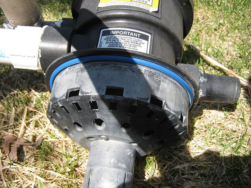 Deep cleaning a sand filter trouble free pool batiment