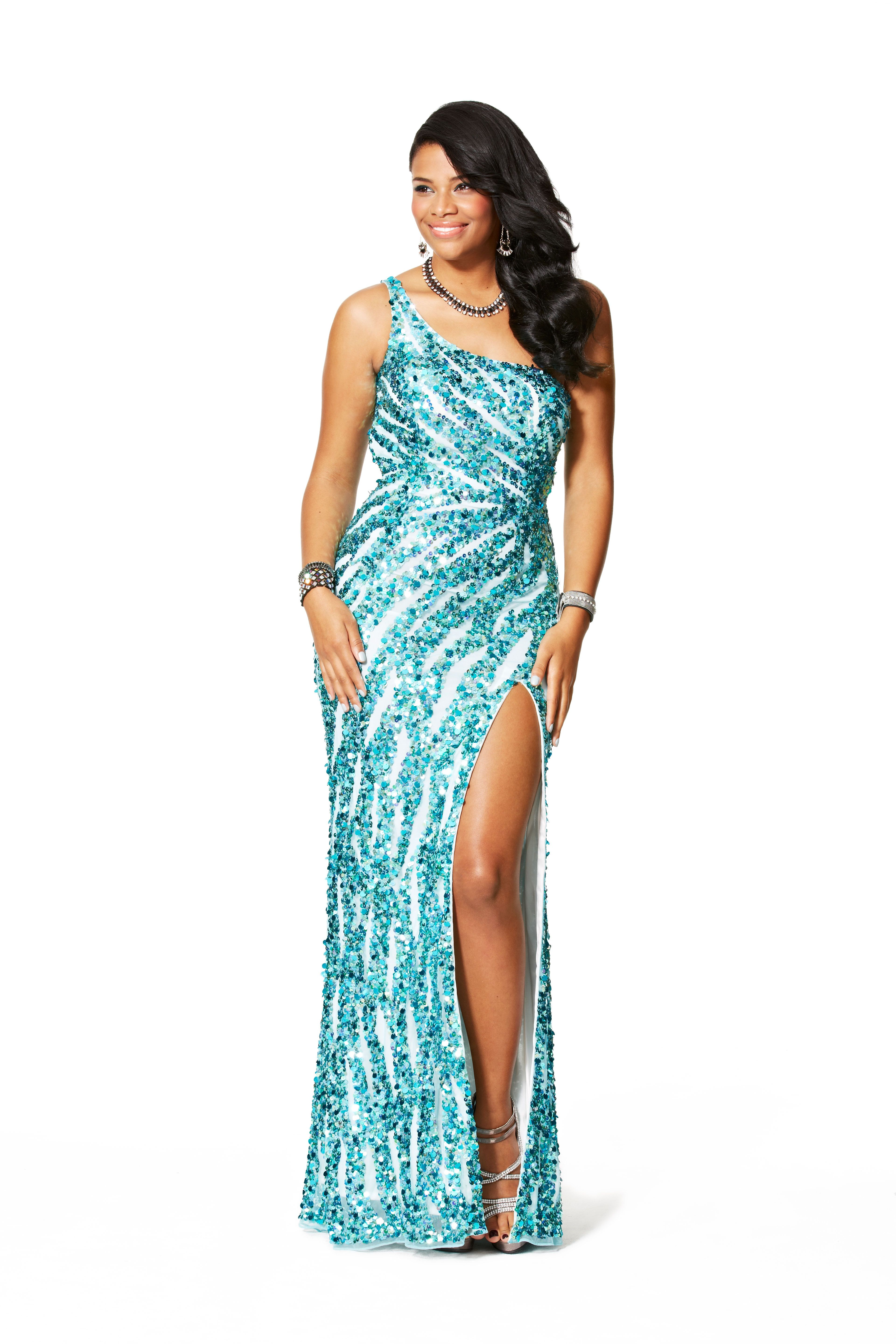 The Best Prom Dresses To Play Up Your Gorgeous Shape | Prom ...