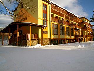 Hotel Avalanche*** mit der HolidayCard zum halben Preis. Jetzt zum ½ Preis buchen http://www.holidaycard.sk/index/detail/id/439?lang=de