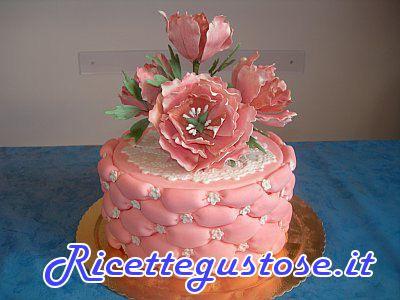 Torta decorata con peonie e tecnica billowing .