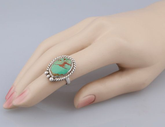 Kingman Turquoise Ring. Round turquoise cabochon by AtThursday