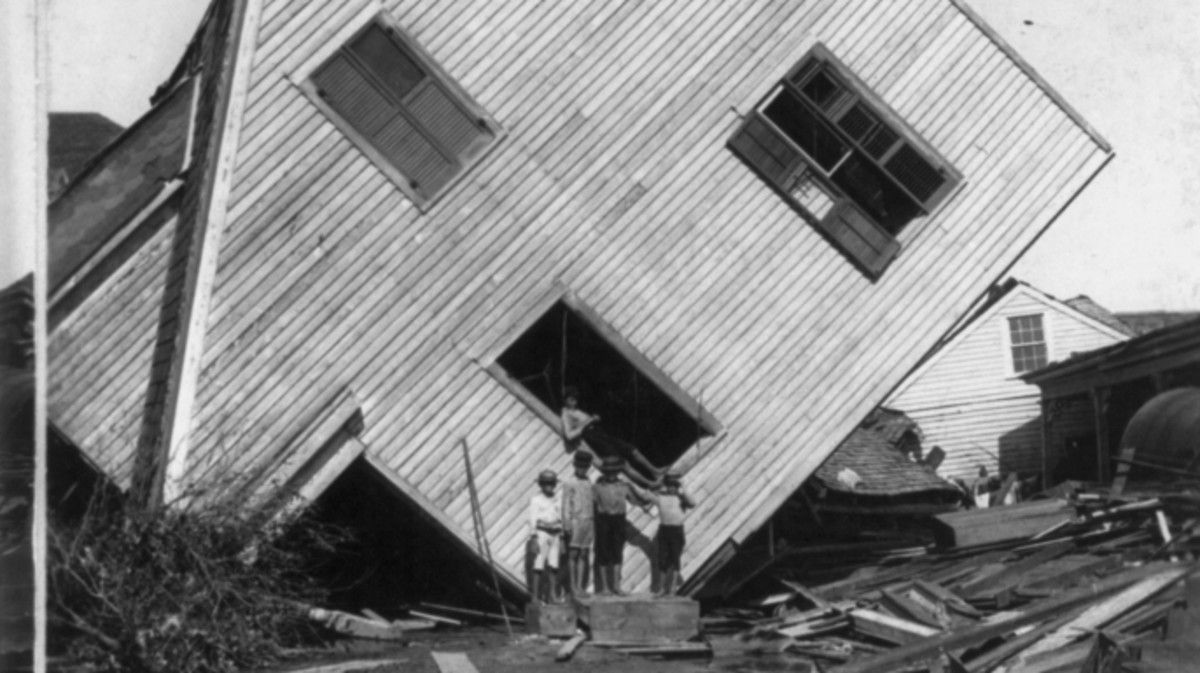 How The Galveston Hurricane Of 1900 Became The Deadliest U S Natural Disaster Galveston Hurricane 1900 Galveston Hurricane Galveston