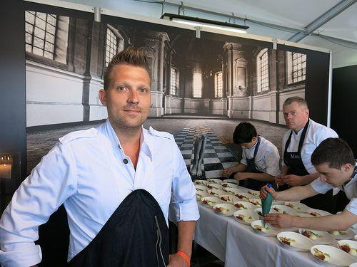 Nick Bril debuteert op Paradise in Café d'Anvers   Bril, Cafe