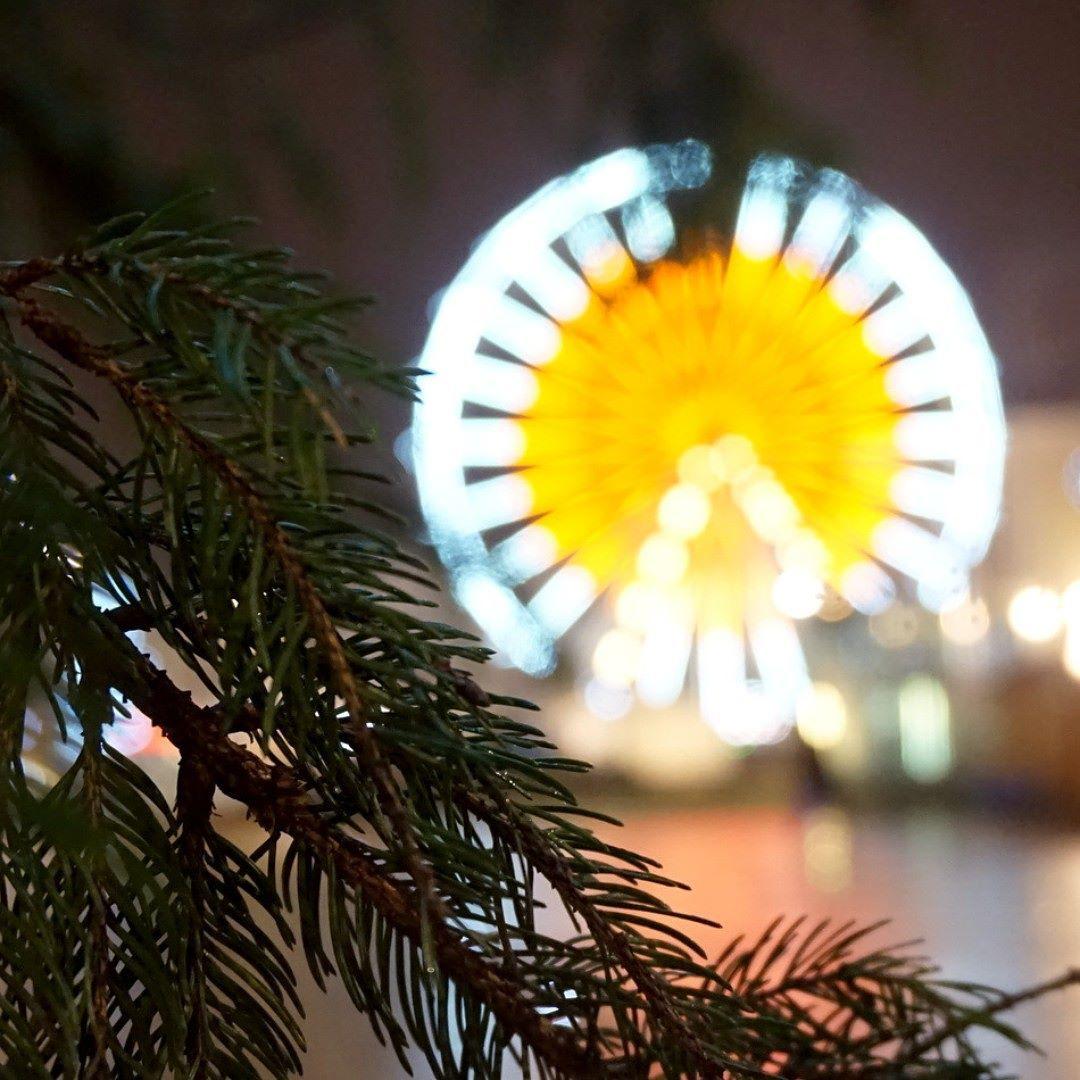 #LeMans #GrandeRoue #Sapin #Noel #Nuit by jessyfcm