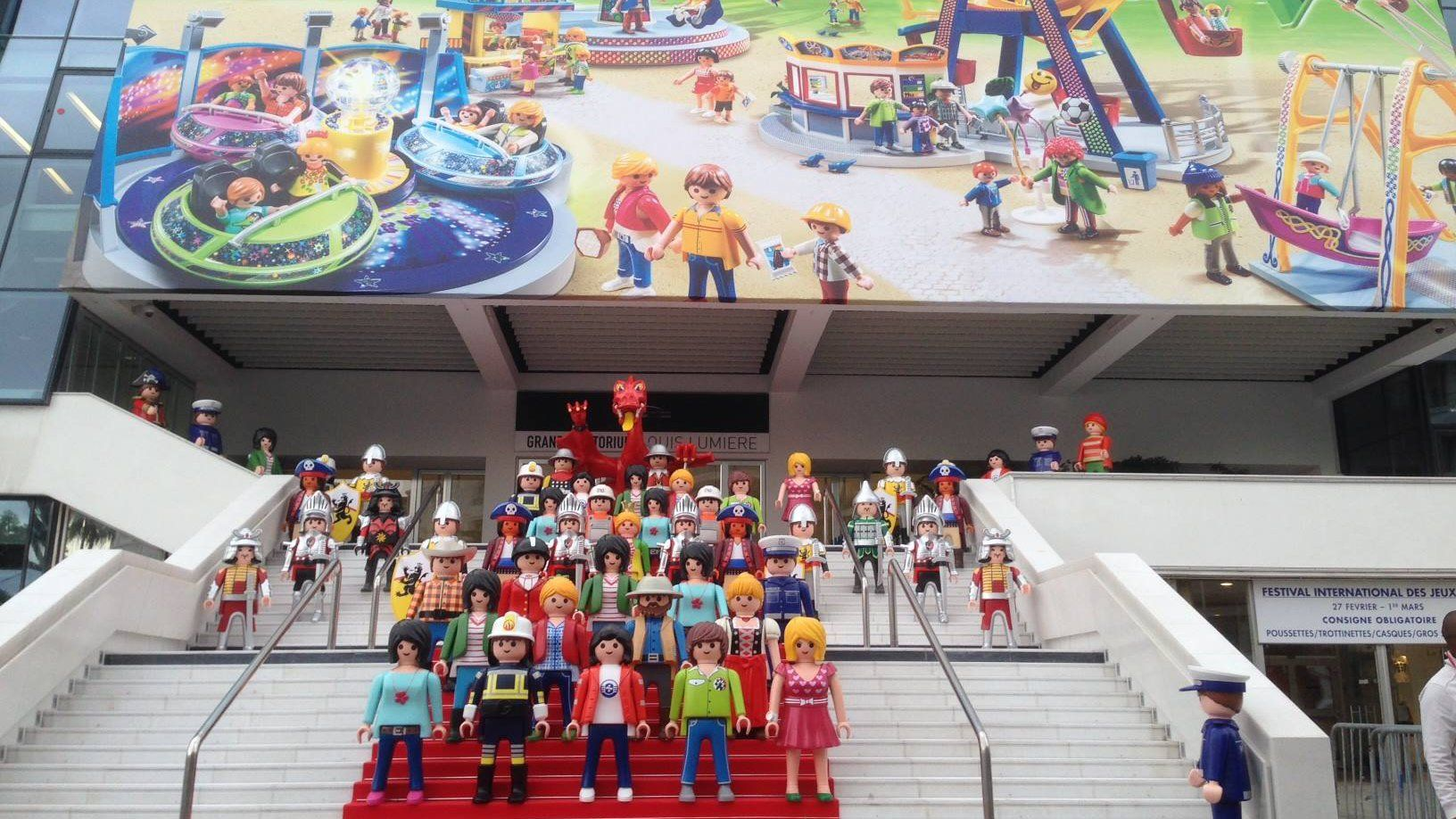 Playmobil Geant Photo De Groupe N 32 Festival Photos De Groupe Jeux