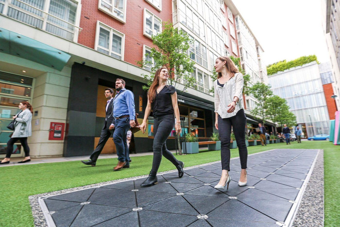 These Floor Tiles Can Power Public Lighting While You Walk On Them Smart City Energy Harvesting Interactive Architecture