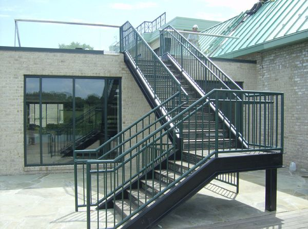 Metal Staircases   Structural Staircases Retail Shop From Hyderabad