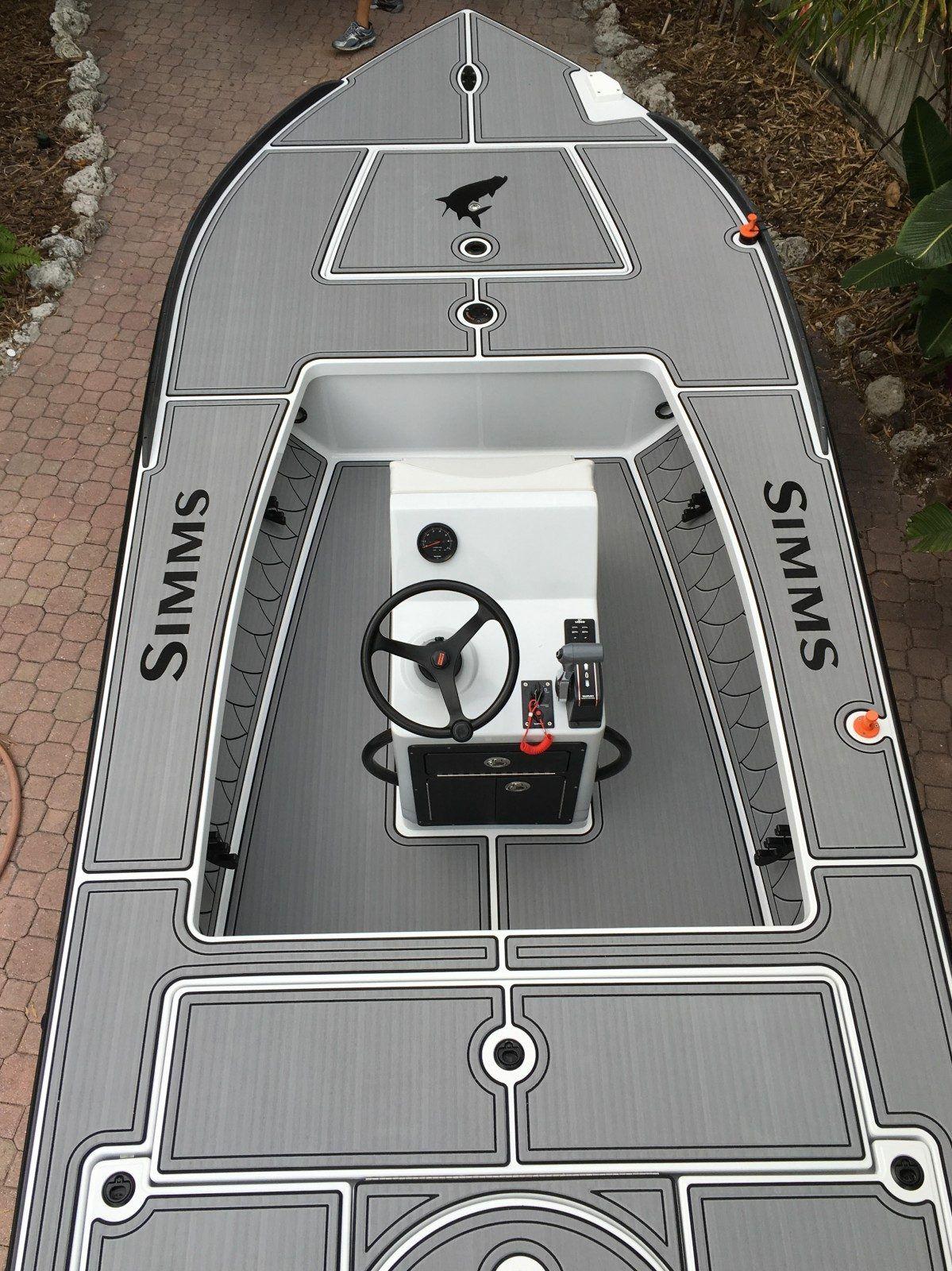 Castaway Customs East Cape Skiff Custom SeaDek Flats Boat