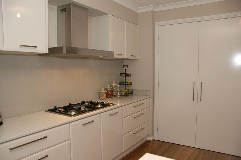 Laminex Alabaster Cupboards White Kitchen Splashback Kitchen